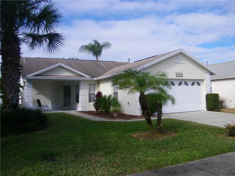 3 bedroom pool home only 3 miles from Disney! OHT1508 - Image 1 - Kissimmee - rentals