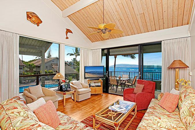 Ocean Front Prime 2 Bedroom Deluxe Condo Unit 20 - Image 1 - Lahaina - rentals