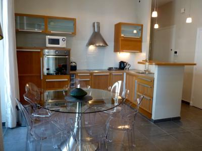 Meynadier Port 2 Bedroom Apartment Rental in Cannes - Image 1 - Cannes - rentals