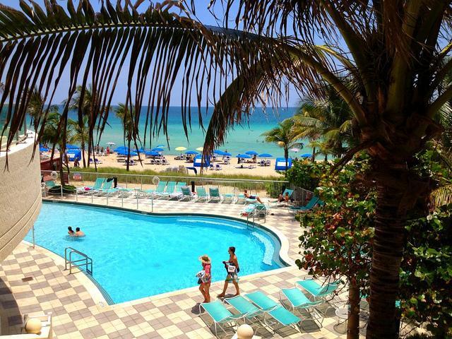 Ocean Point, Oceanfront Suites! - Image 1 - Miami Beach - rentals