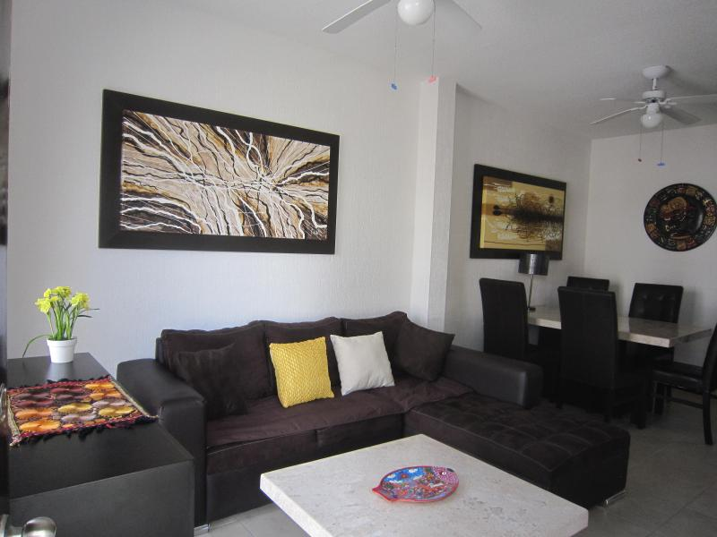 living room with dinning room - Casa Elisabeth-Great choice for travelers! - Tulum - rentals