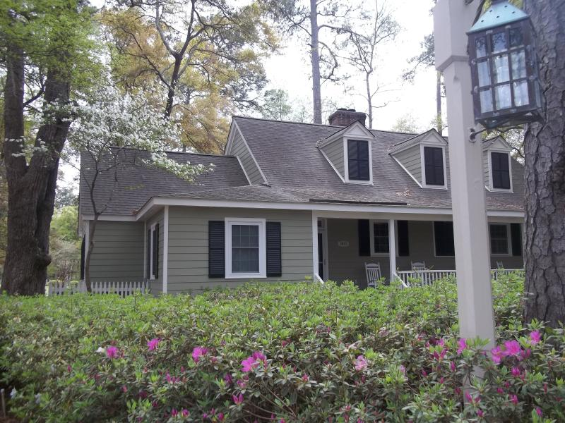 Awesome Cottage at Wachesaw Plantation... king bed - Image 1 - Murrells Inlet - rentals