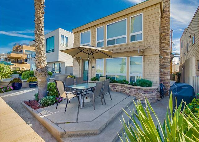 Luxurious Ocean front stand alone home with ocean views throughout. - Image 1 - Pacific Beach - rentals