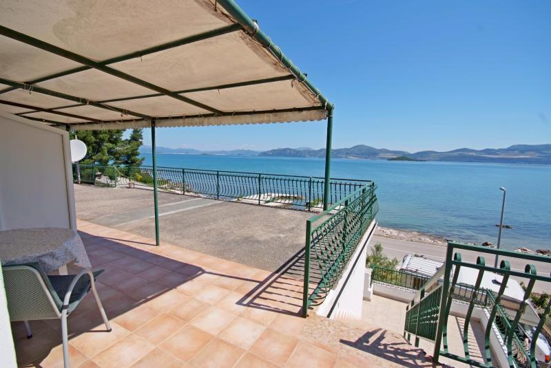 Apartments Nevela - 51941-A6 - Image 1 - Dubrovnik-Neretva County - rentals