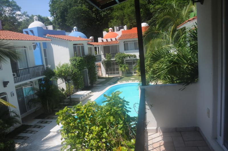 Swimming pool from upper bedroom porch - House for rent Huatulco, Oaxaca, Mexico - Huatulco - rentals