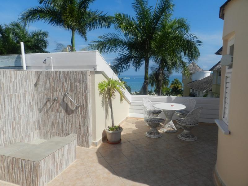 Patio with Private Shower - 2 Bedroom Penthouse w/ Roof top Patio and Shower A - Ocho Rios - rentals