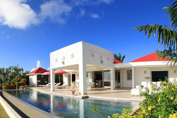 Gated property surrounded by trees- private! C COR - Image 1 - Terres Basses - rentals