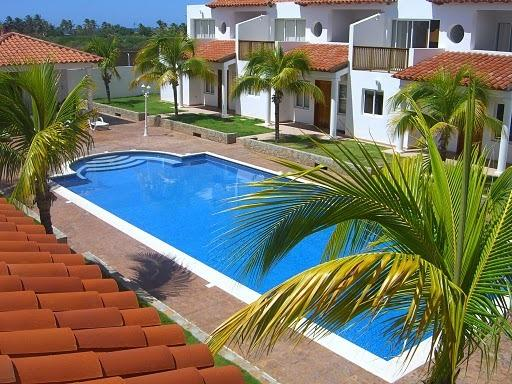 Playa El Agua Country Club - Attractive townhouses with short walk to the beach - Playa el Agua - rentals