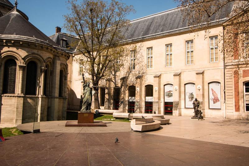 Montorgueil Apartment in Paris - Image 1 - Paris - rentals