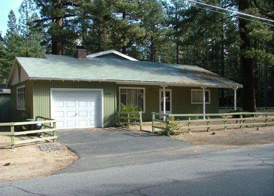 Tahoe cabin just a few blocks to the Lake, close to bike paths - Image 1 - South Lake Tahoe - rentals