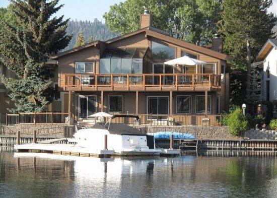 Beautiful Tahoe Keys gem of a home! The perfect family get away with dock, close to main Lake entrance - Image 1 - South Lake Tahoe - rentals