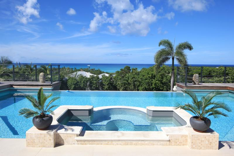 Giselle... Terres Basses, St Martin 800 480 8555 - GISELLE... This magnificent St Martin villa is perched on a hillside in the French Lowlands overlooking Plum Baie & Baie Rogue. - Plum Bay - rentals