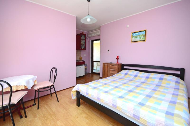 Apartment Petar - 60991-A2 - Image 1 - Poljica - rentals