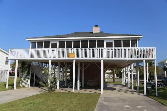 "2306 Palmetto Blvd - ""Shell Castle"" - Image 1 - Edisto Beach - rentals"