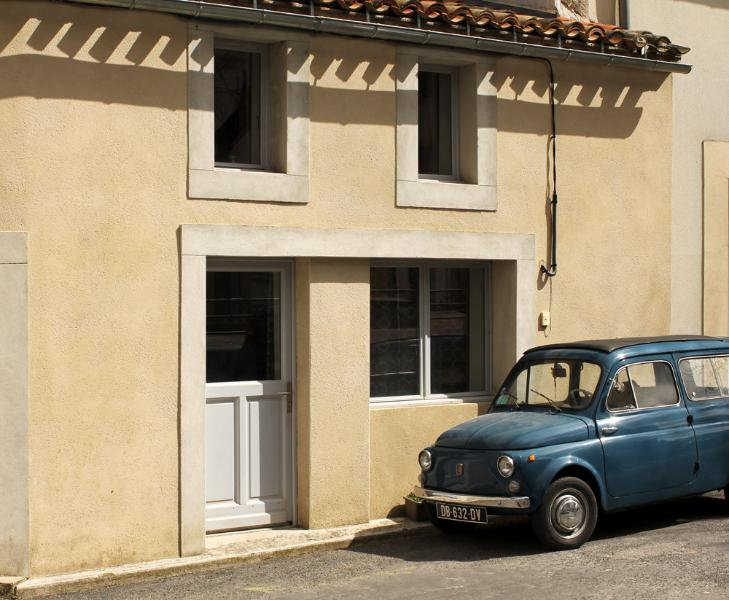 outside front of property - beautiful two bedroom property traditional village - Carcassonne - rentals