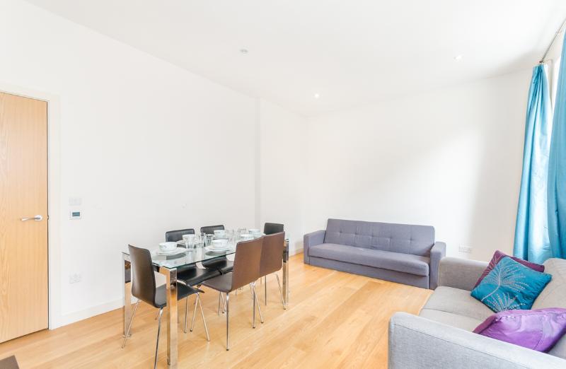Reception - Beautiful 1 bedroom flat in Chelsea/South Kensington - London - rentals