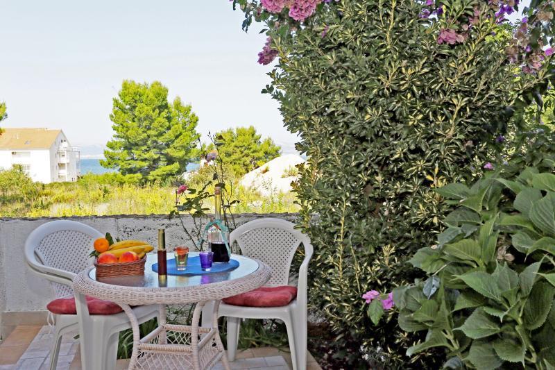Apartments Marina - 44361-A2 - Image 1 - Mirca - rentals