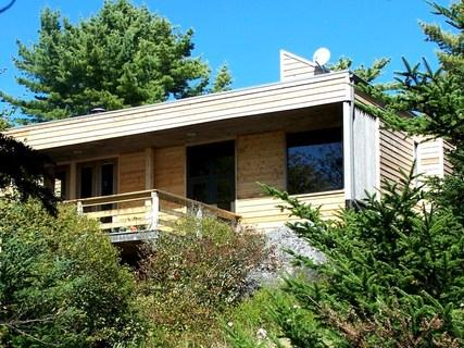 Set among the trees, with a semi-private beach, Frances Louis House has the best of both worlds. - Frances Louis House, Port Joli, Nova Scotia - Port Joli - rentals