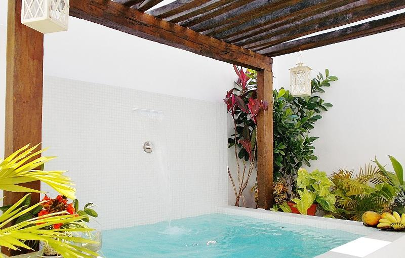 Patio with pergola and relaxing pool - CASA NAAJ 1, Lovely Apartment (2 people) - Playa del Carmen - rentals