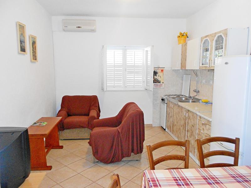 Apartments Anita - 43811-A1 - Image 1 - Marina - rentals