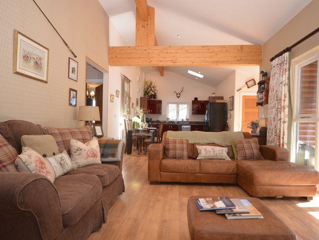 Open-plan lounge/kitchen/diner - CATCH - Holford - rentals