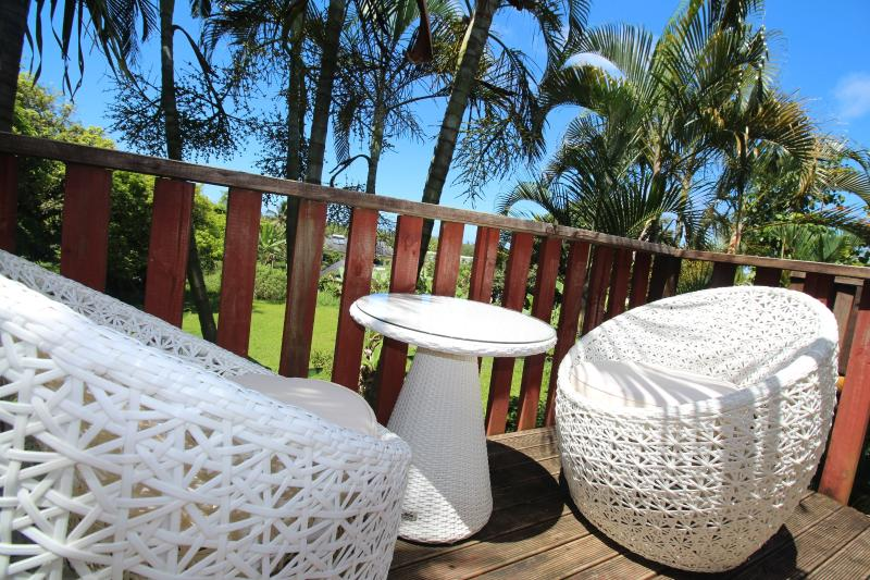 outdoor casual relaxation chairs - Muri Lagoon View Bungalows - Rarotonga - rentals