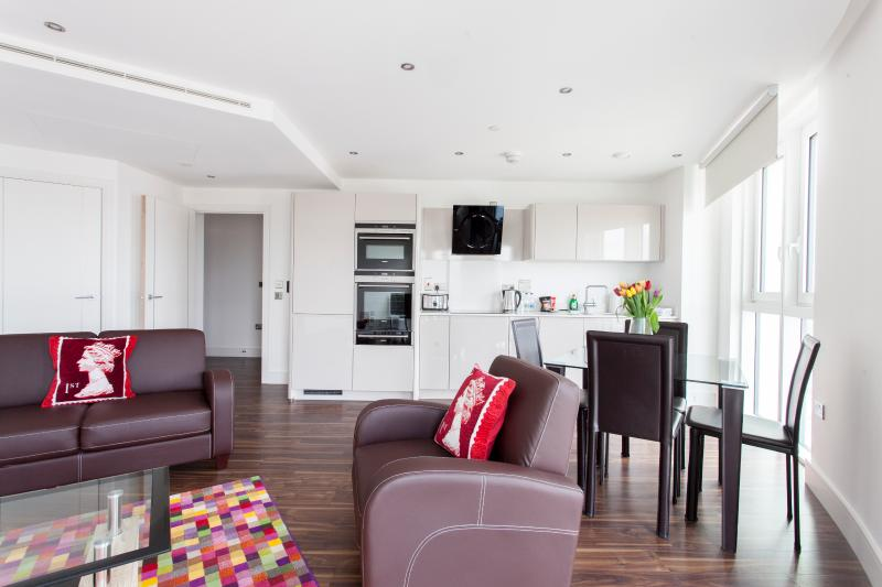 Luxury Altitude Point 1 Bed Aprts - Image 1 - London - rentals