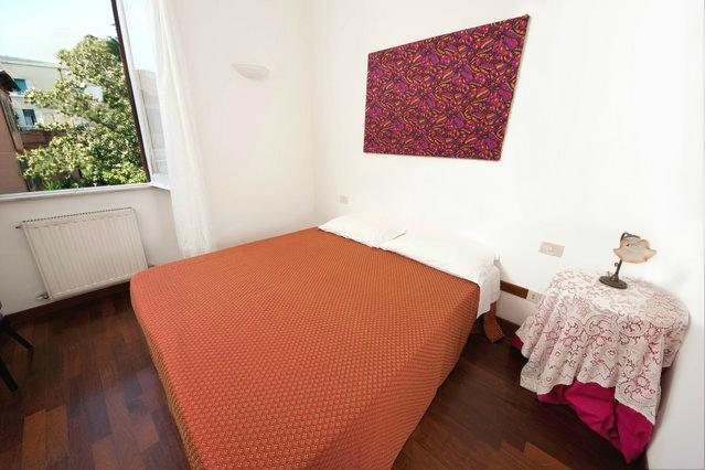 Main Room, king bed - Muratti Apartment, close to historic centre - Rome - rentals