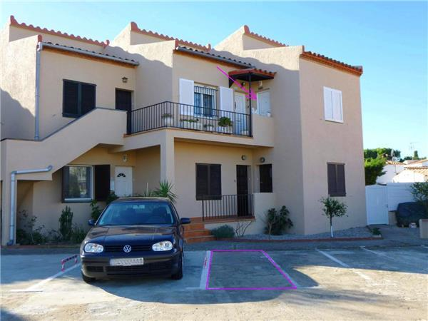 Boutique Hotel in Empuriabrava - 343216 - Image 1 - Empuriabrava - rentals
