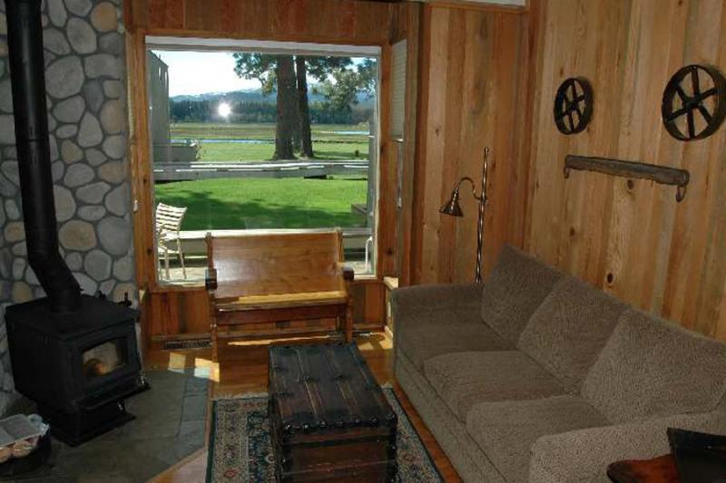 Country House 053 - Image 1 - Black Butte Ranch - rentals