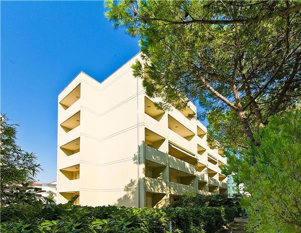 Boutique Hotel in Bibione - 80100 - Image 1 - Bibione - rentals