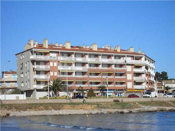 Boutique Hotel in L'Escala - 80800 - Image 1 - L'Escala - rentals