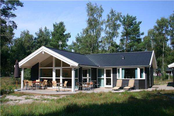 Boutique Hotel in Åkirkeby - 81480 - Image 1 - Akirkeby - rentals
