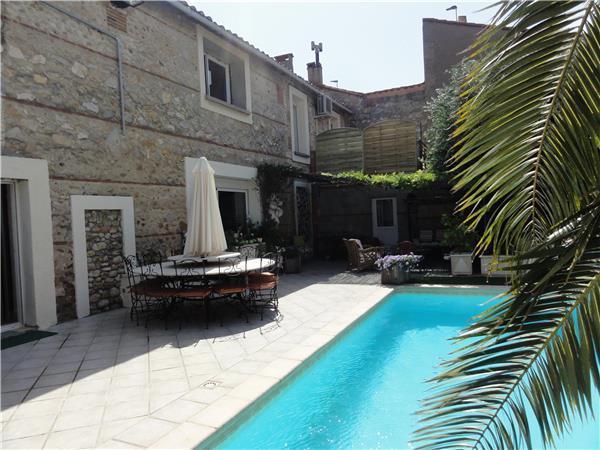 Boutique Hotel in VILLELONGUE DE LA SALANQUE - 87705 - Image 1 - Villelongue-de-la-Salanque - rentals