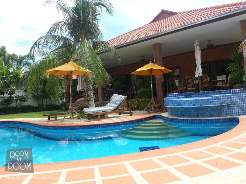 Villas for rent in Hua Hin: V5261 - Image 1 - Hua Hin - rentals