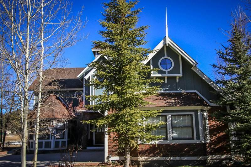 Storybook Lakefront #664 - Image 1 - Big Bear Lake - rentals