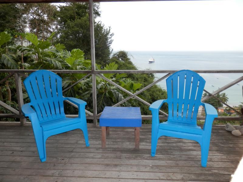 Deck looking out to sea. - Bella Vista Cottage, Charlotteville, Tobago - Charlotteville - rentals