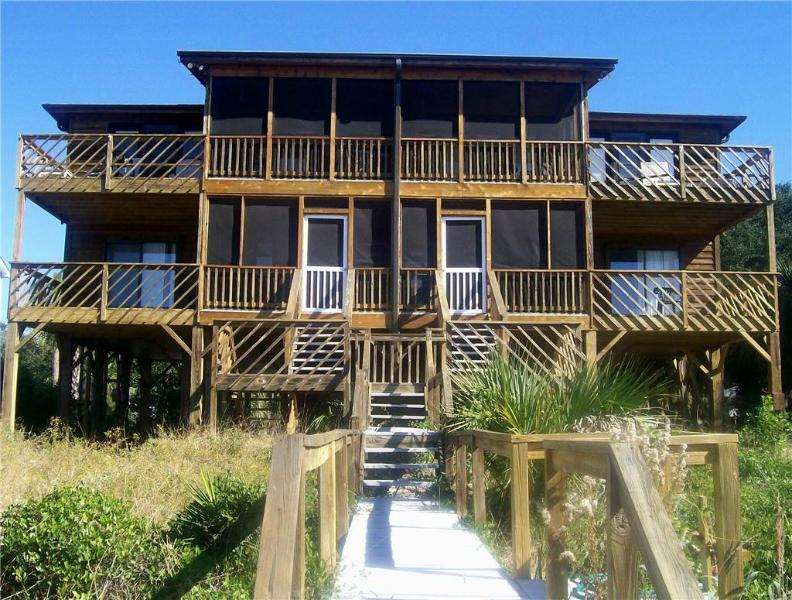 "3414A Palmetto Blvd - ""Dog House A"" - Image 1 - Edisto Beach - rentals"