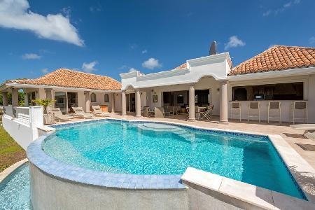 La Bastide - EXCLUSIVE Holiday Season Availability - Beautiful villa with pool + large gourmet kitchen - Image 1 - Terres Basses - rentals