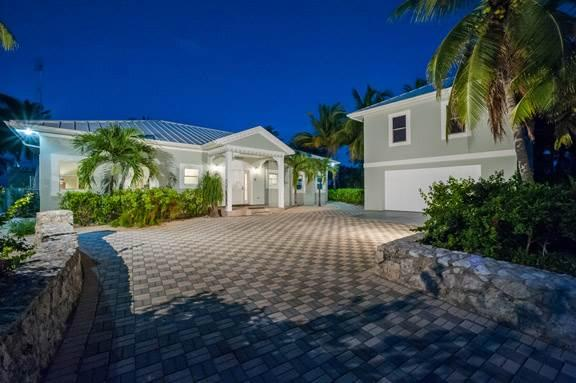5BR-Coconut Beach - Image 1 - Grand Cayman - rentals