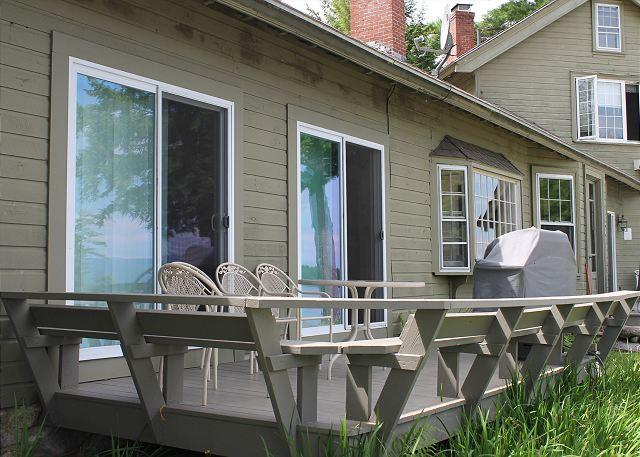 Sun Deck - Ice House Cottage at Oliver Lodge on Lake Winnipesaukee (1ICEHOUS) - Meredith - rentals