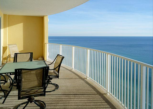 Beachfront for 6 with Spectacular Views! - Image 1 - Panama City Beach - rentals