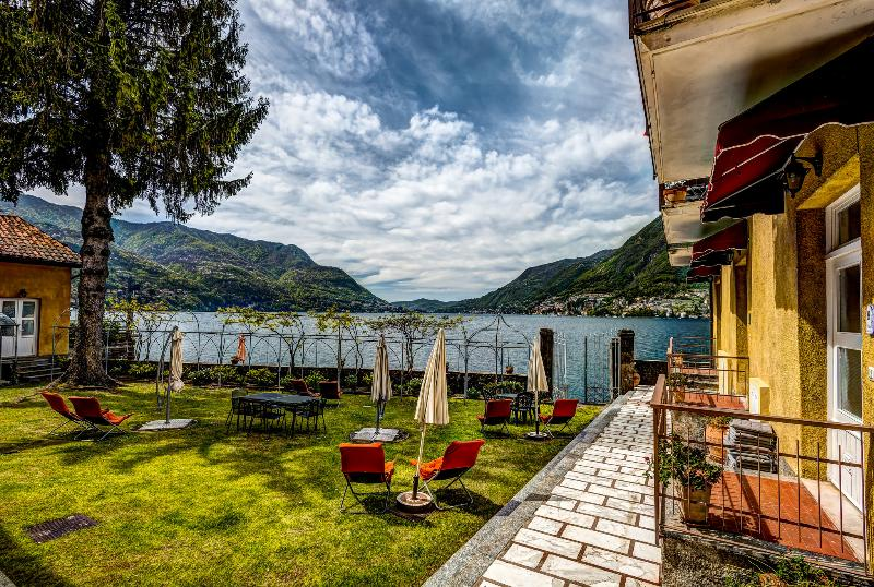 View from the guest reception area of the garden and beachfront - WATERFRONT  - Villa Felicita - Amazing Lake Views - Como - rentals