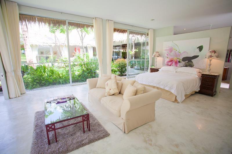 Master bedroom en suite - Luxury 3 bedroom  Villa - Koh Phangan Thailand - Koh Phangan - rentals