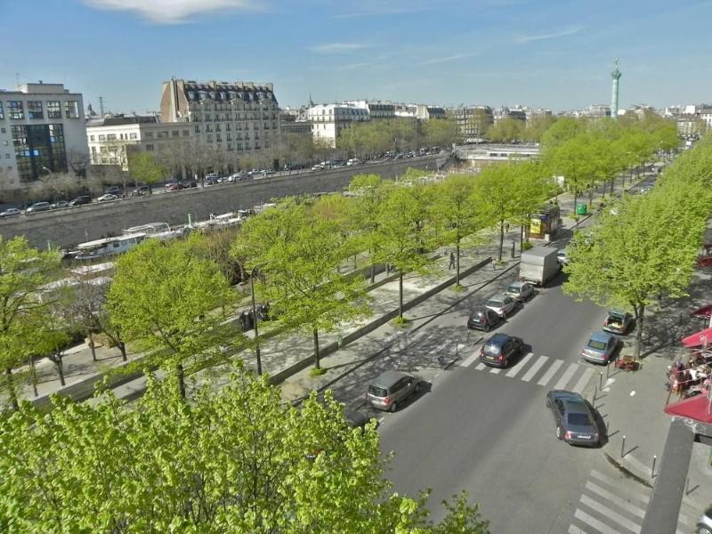 3 bedrooms & 2 bathrooms Marais with view! - Image 1 - Paris - rentals