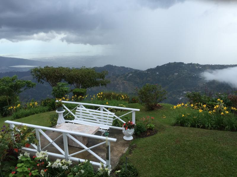 View from the garden - 3-bed home in the Blue Mountains, Jamaica - Blue Mountains National Park - rentals