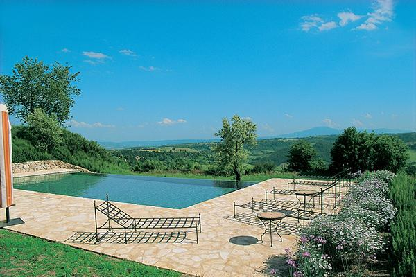 Luxurious farmhouse overlooking the Alviano nature reserve in southern Umbria. HII UBA - Image 1 - Umbria - rentals
