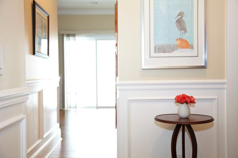 Entryway - Luxurious Waterfront Condo at The Cliffside Resort - Greenport - rentals