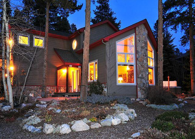 French Garden Corner - Foxtail Gardens provides great views in a relaxing atmosphere!! - Breckenridge - rentals