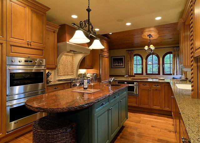 Cypress Mountain Lodge - Experience European flair and finesse in Cypress Mountain Chalet - Breckenridge - rentals